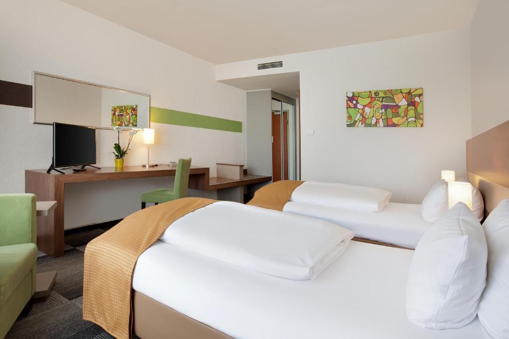 Habitación Doble Holiday Inn Berlin City-East Landsberger Maratón Berlín Travelmarathon.es