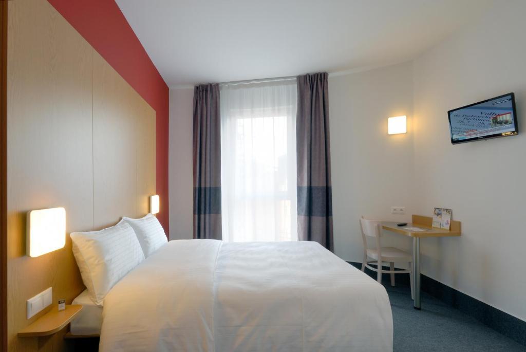 Habitación Doble B&B Hotel Prague City Medio Maratón Praga Travelmarathon.es