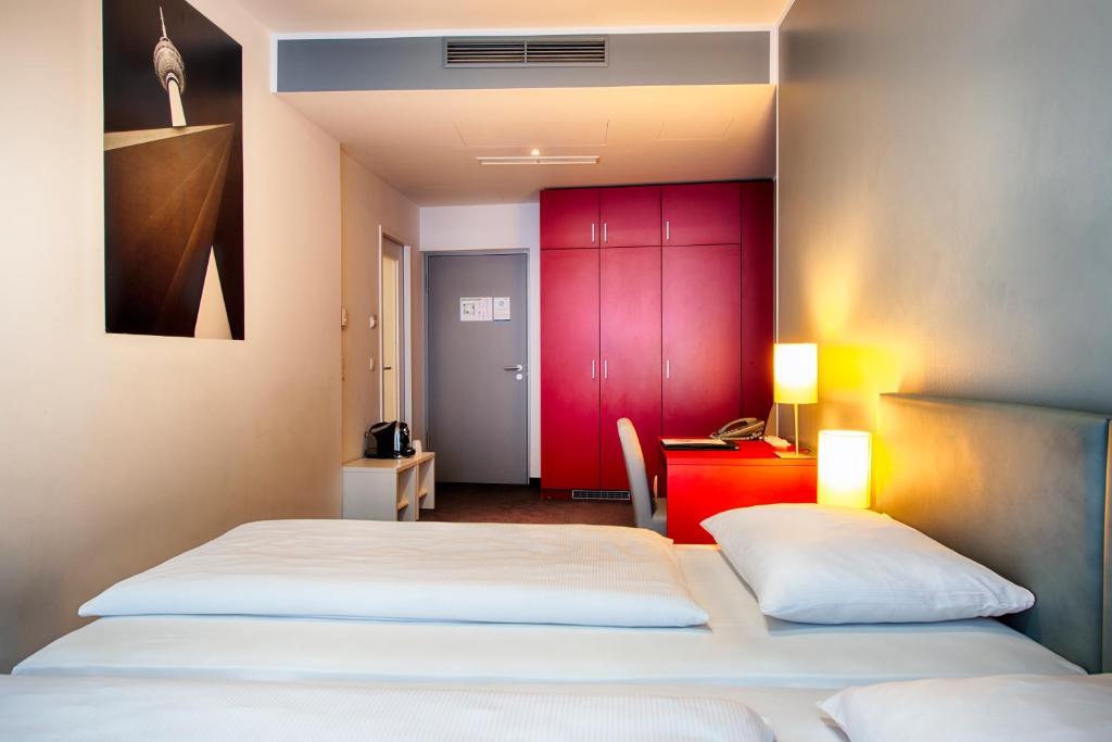 Habitación Doble Select Hotel Berlin Gendarmenmarkt 4* Medio Maratón Berlín Travelmarathon.es